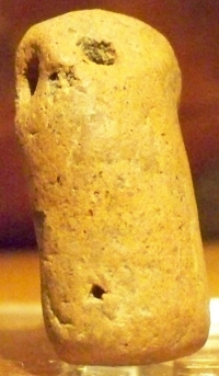 amuleto-campa-torres-gijon-religion-astures (1)