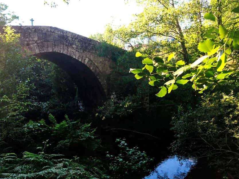 puente-romana-cerdedo-cerca-de-la-casa-de-don-alfonso-1